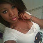Clara, Martiniquaise cherche une aventure amoureuse